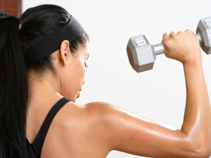 Women-exercise-fitness-weight-dumbbell-gym-23175687